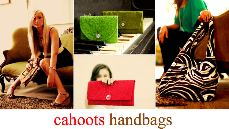 Cahoots Handbags carries gorgeous Texas bridal clutches and bridesmaids clutchs