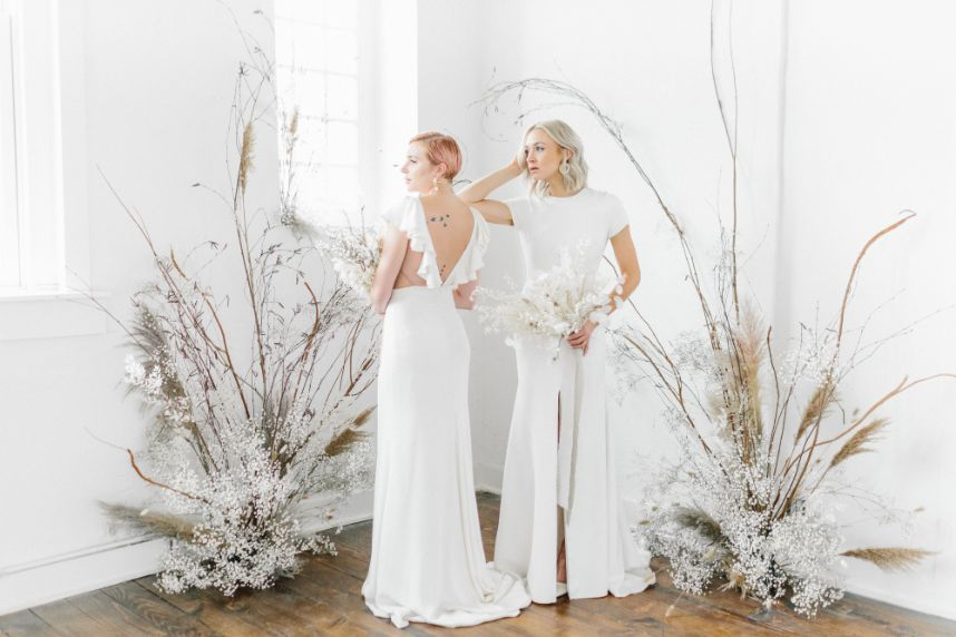 dried floral 2021 wedding trends