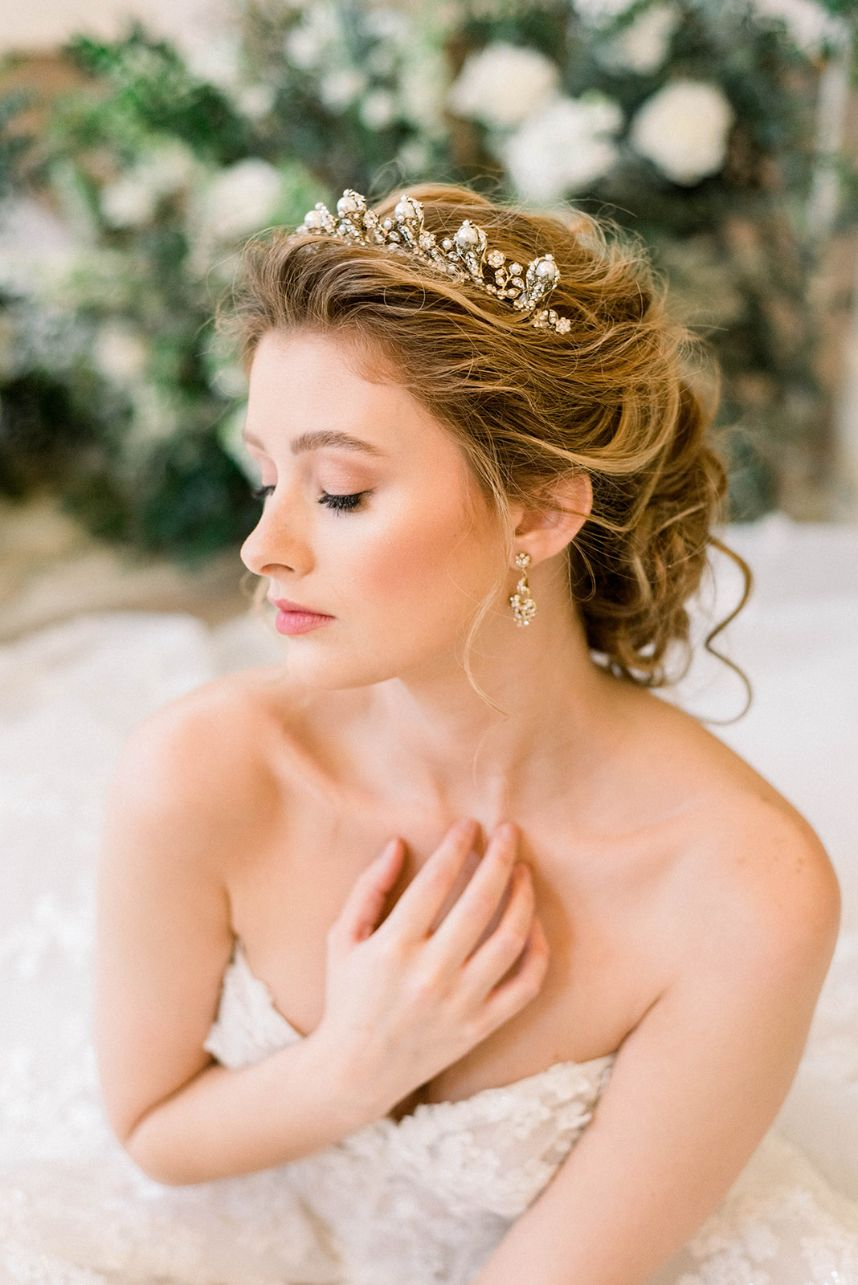 softly illuminated complexions 2021 wedding trends