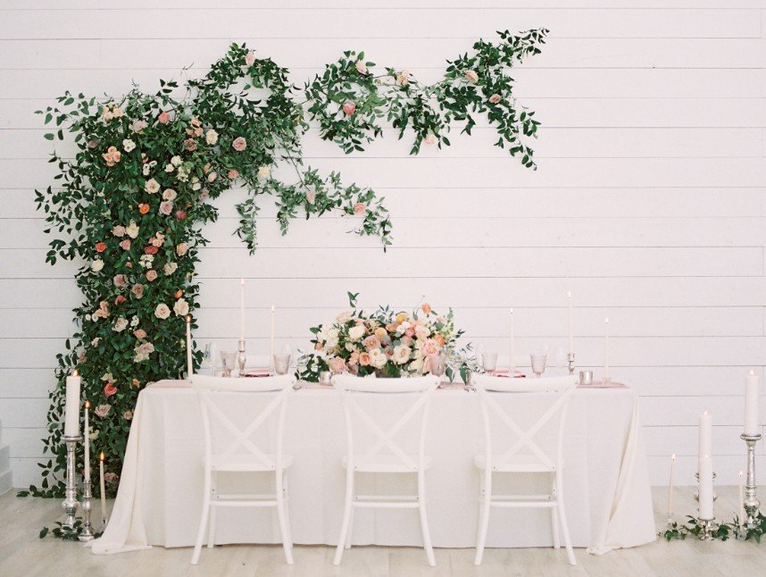 Nothing Compares to the Creativity in these 10 Tablescape Designs