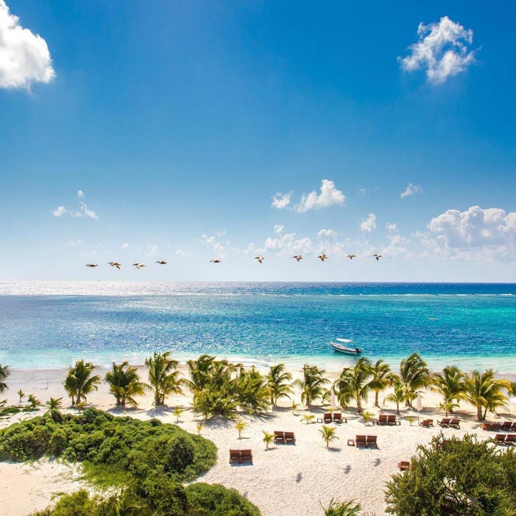 Riviera Maya, Mexico is one of my favorite destinations for a luxurious honeymoon close to home! With a SHORT, direct