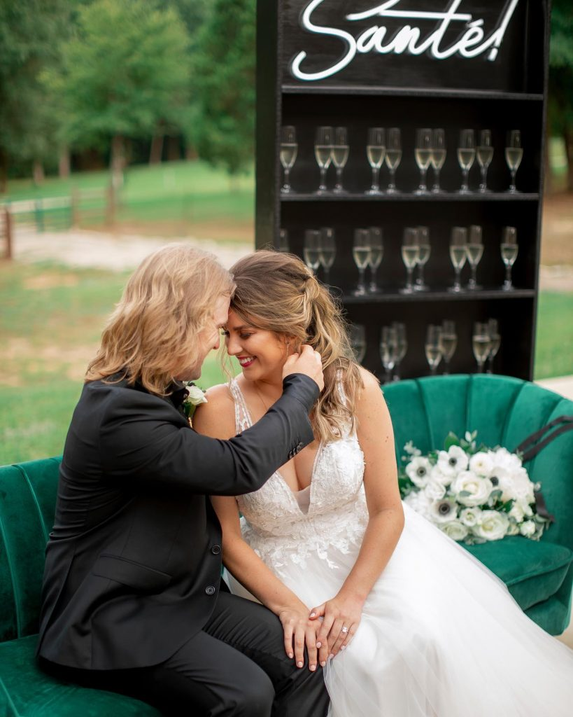 Calling all biker brides! You're gonna love this edgy, emerald wedding inspiration + all its elegant details, plus a champagne