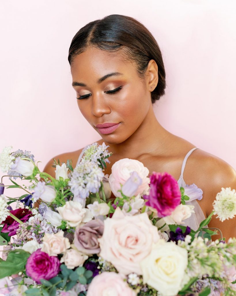 For a color coded ceremony, try a lovely lavender palette! ? Whimsical, garden-inspired arrangements from rootandbloom comprised of pale petals