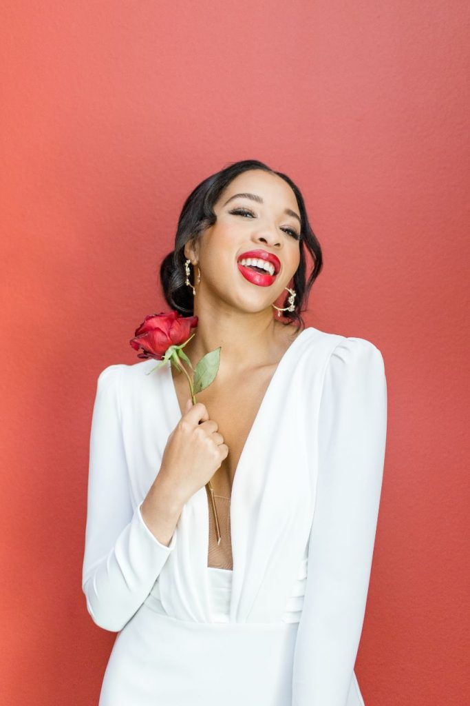 In Your Element: Roses in Bloom Enliven This Wedding Editorial